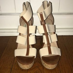 Steve Madden nude and brown wedges